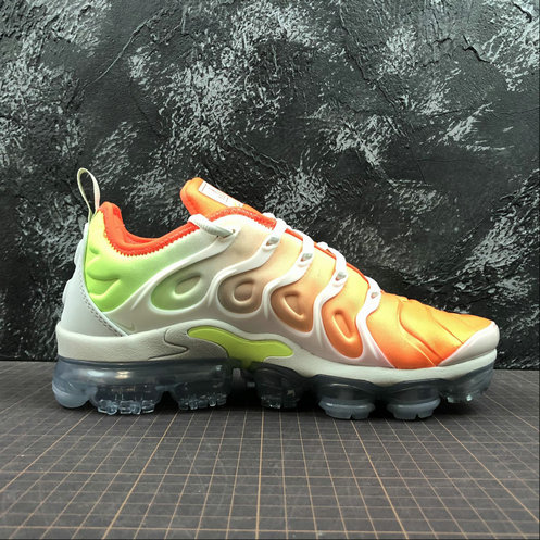 the latest a7030 1d62f Cheap Nike Womens Air Vapormax Plus AO4550-003 White Light Menta Blanc  Menthe Claire Blanc