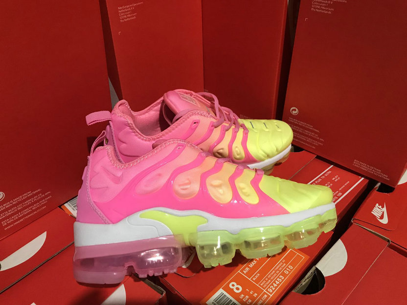 945185a23d3 ... black d44a3 37585  ebay cheap womens nikelab air vapormax plus pink  yellow white 2bd27 77d8a