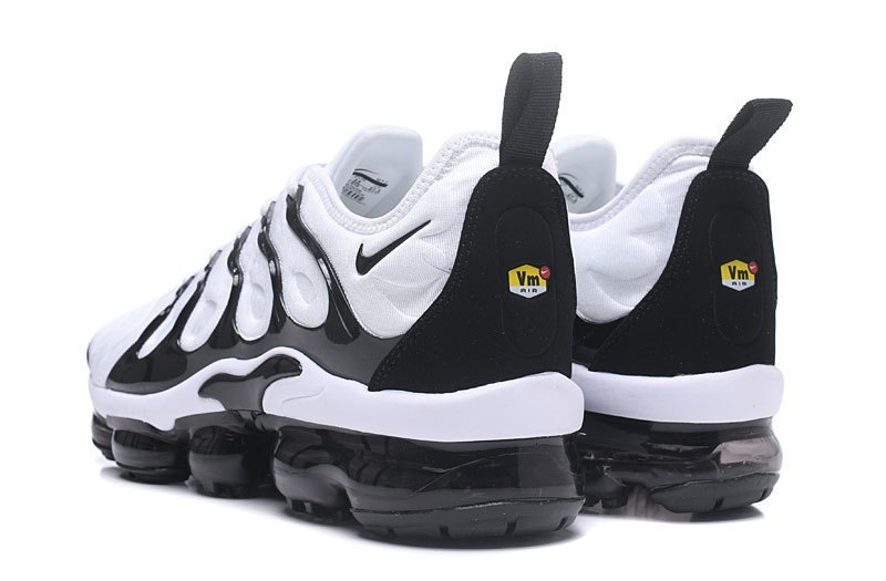 c99680f54e3 New 2018 Cheap Nike Air VaporMax Plus Black White Trainers For Sale ...